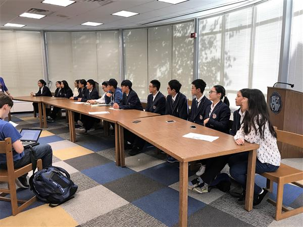 Hangzhou Foreign Languages School Teachers and Students Visit West Orange Schools
