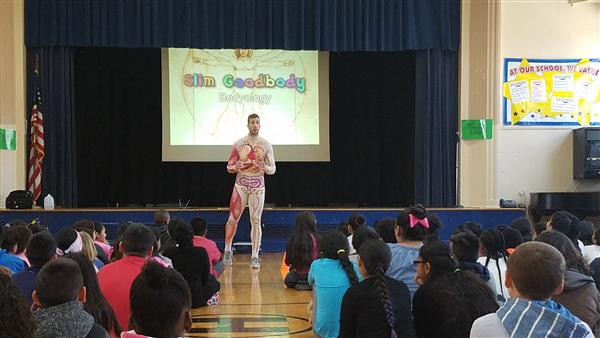 PICTURES: Slim Goodbody Assembly
